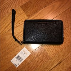 Black leather Michael Kors wristlet